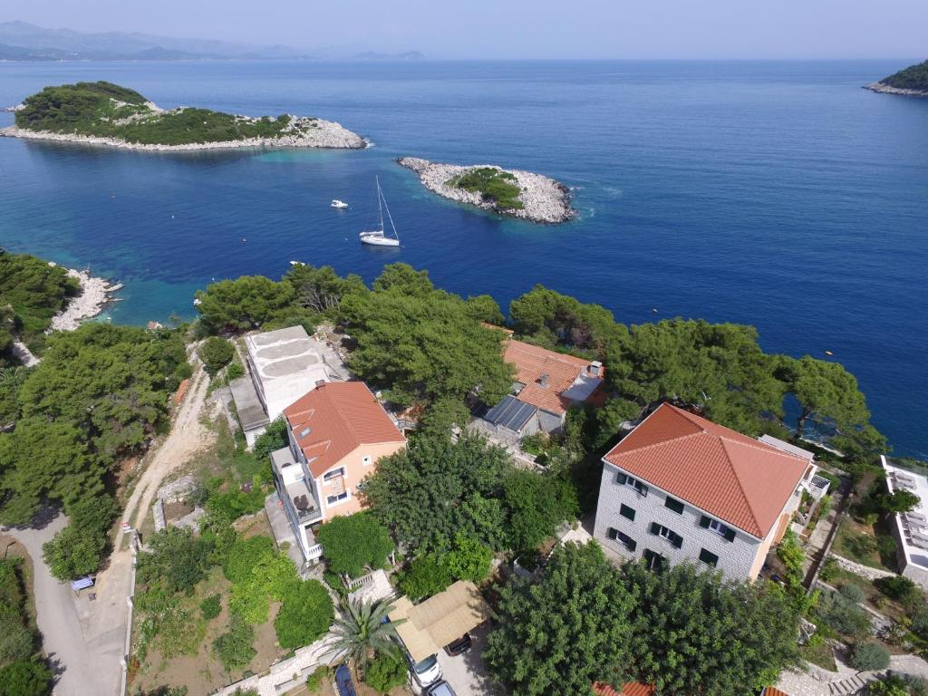 A bird's-eye view of Stermasi Apartments