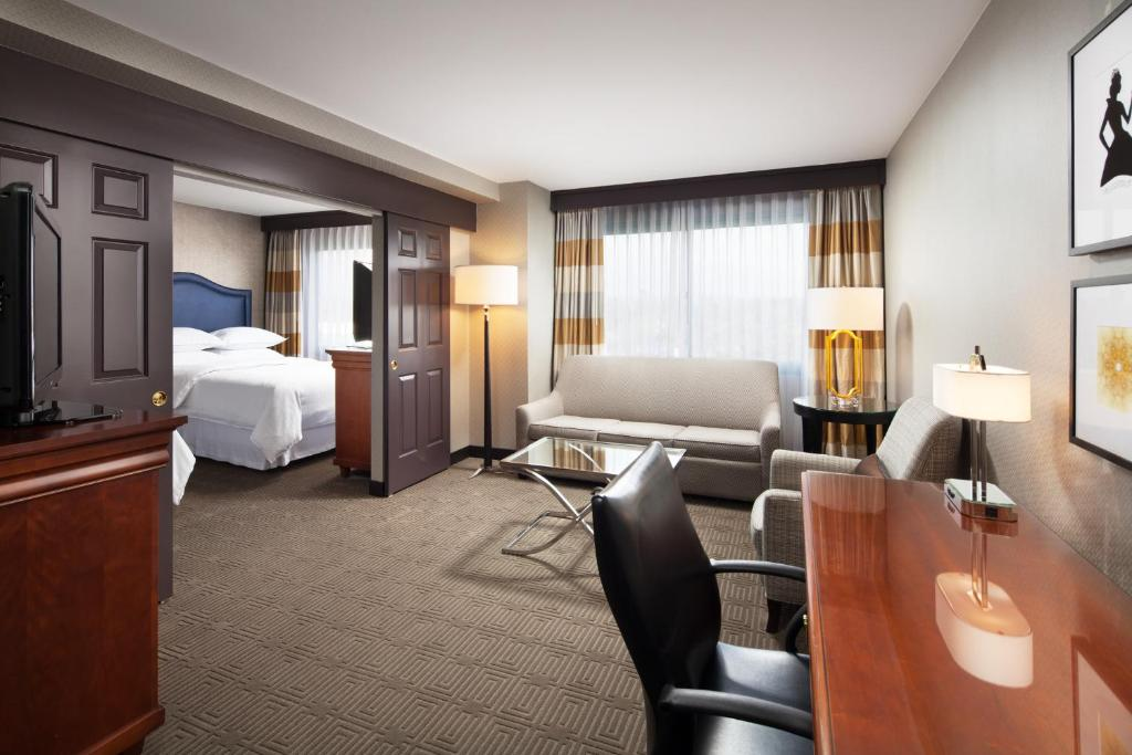 A room at the Sheraton Hotel Fairplex & Conference Center.