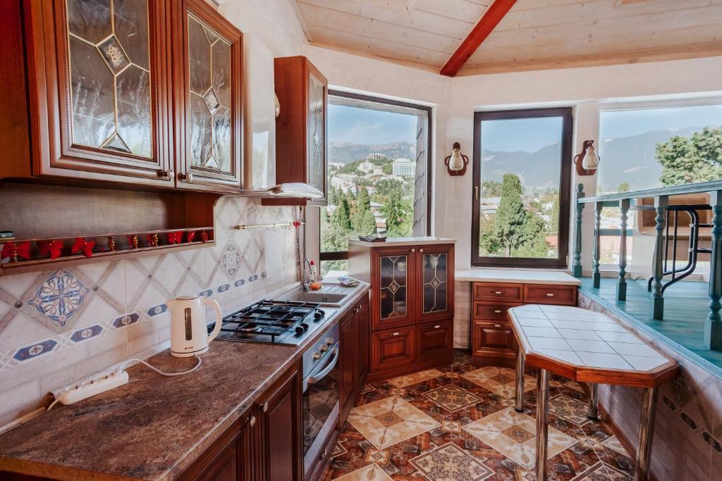 Кухня или мини-кухня в Aparthotel Family
