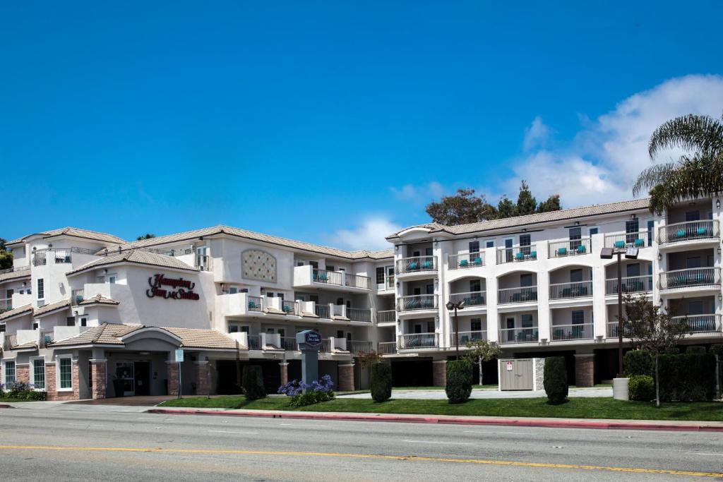 The Hampton Inn & Suites Hermosa Beach.