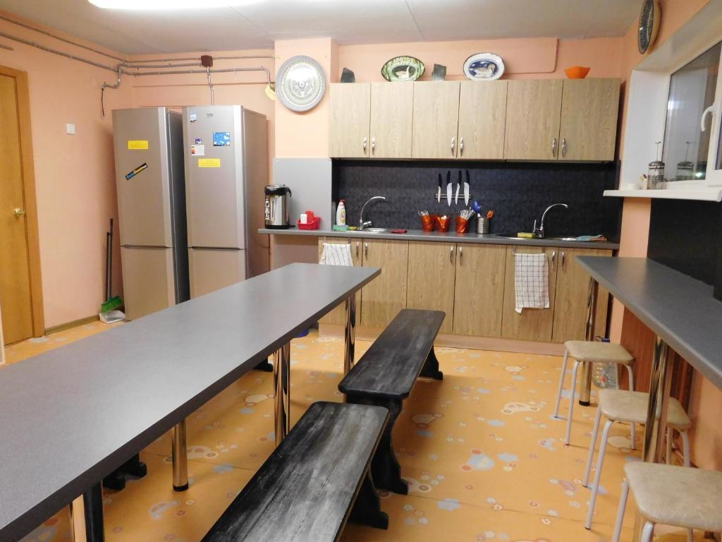Кухня или мини-кухня в Хостел Акка Книбекайзе