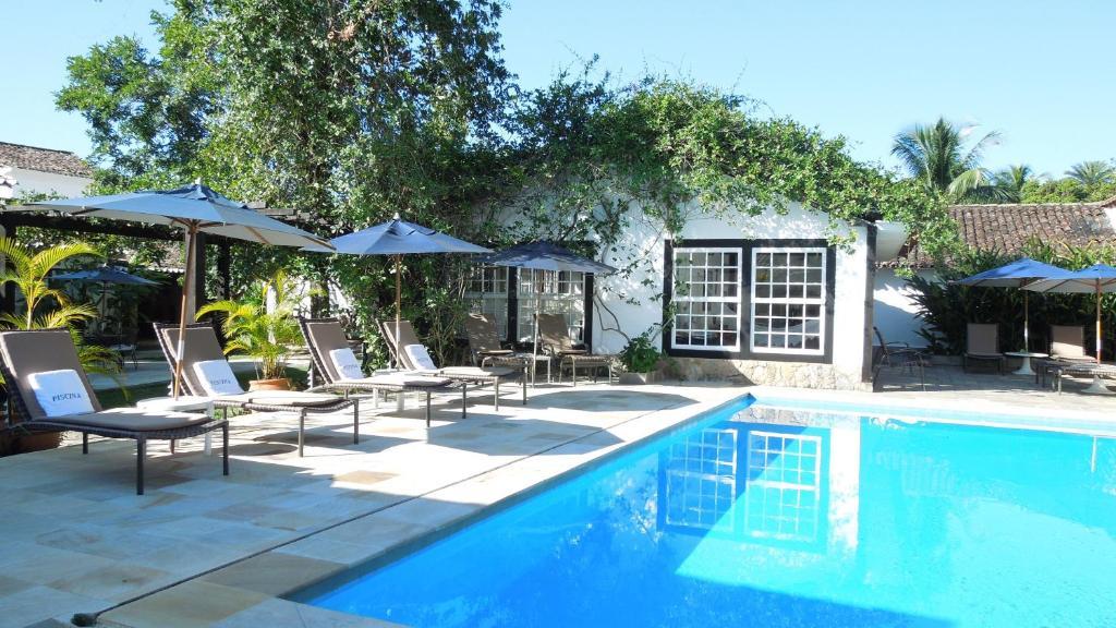 A piscina localizada em Pousada Pardieiro ou nos arredores