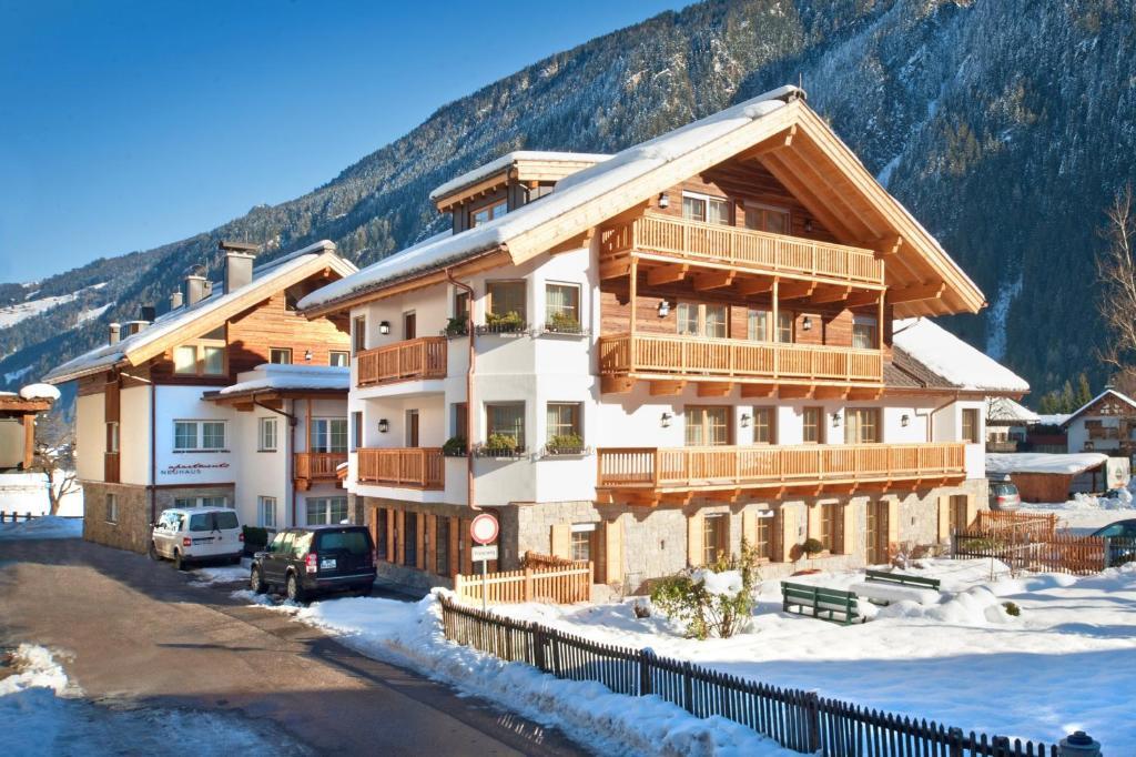Hotel Appartement Neuhaus during the winter