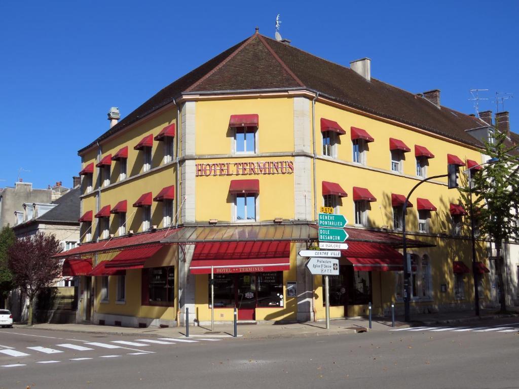 Hotel Au Terminus Lons-le-Saunier, France