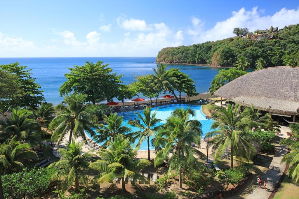 Uma vista da piscina em Le Tahiti by Pearl Resorts ou nos arredores