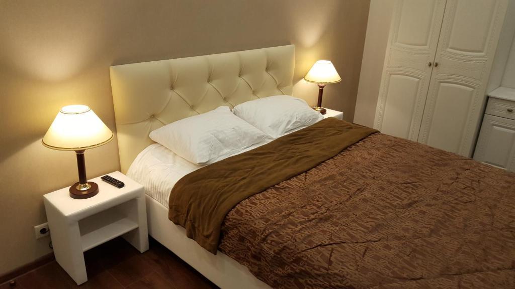 Кровать или кровати в номере Monte Rosa Apartment 17
