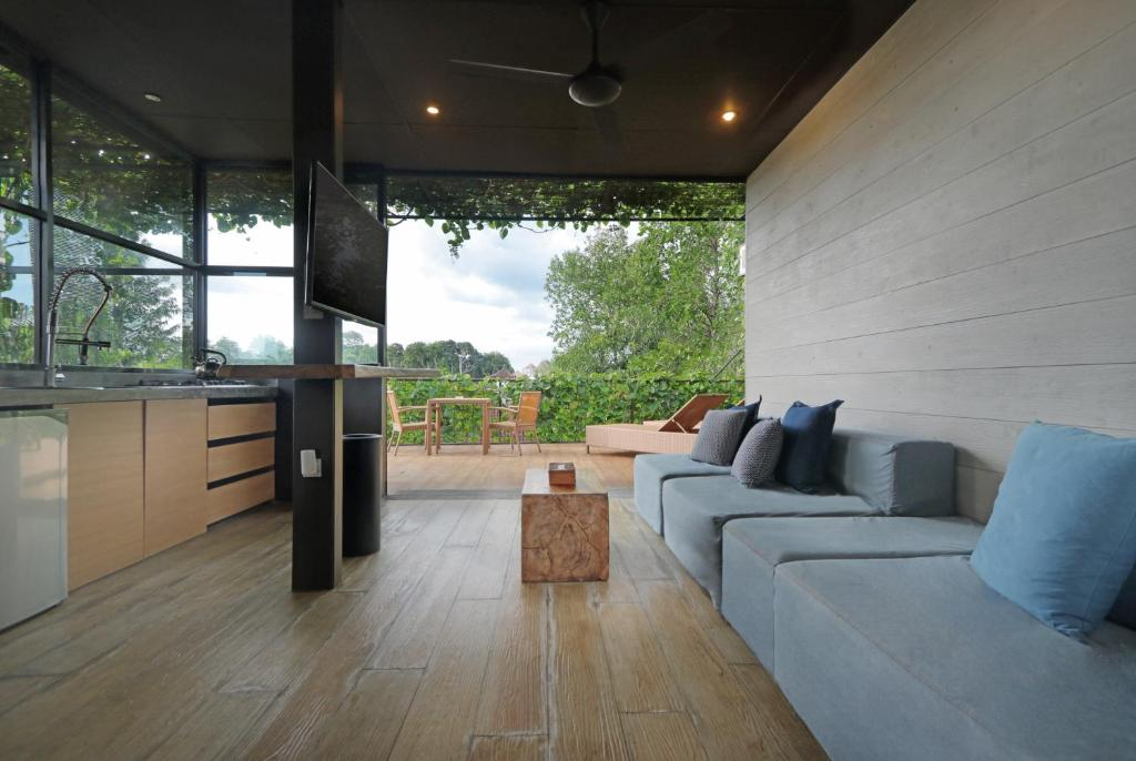 A seating area at Clio Apartment