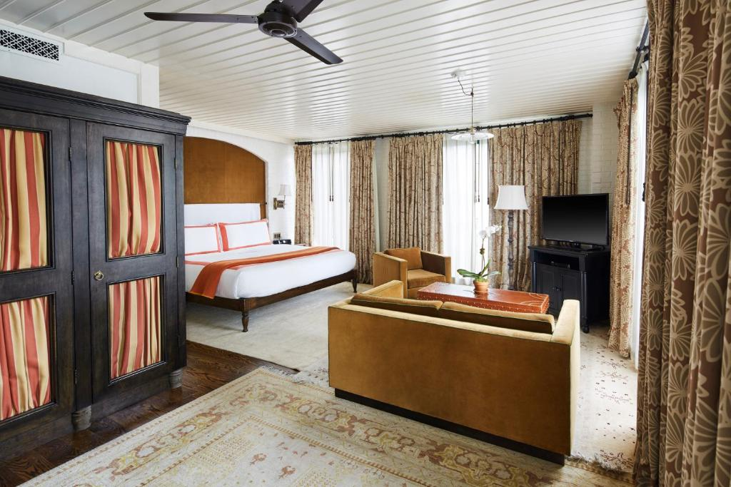 A bed or beds in a room at The Bowery Hotel