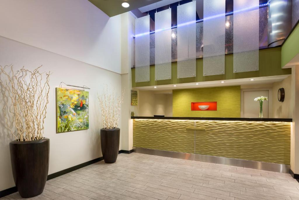 The lobby or reception area at Nyma, The New York Manhattan Hotel
