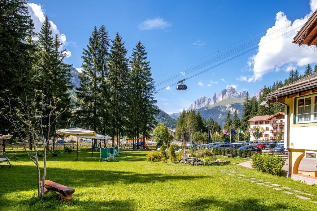 Hotel Villa Rosella Park & Wellness Canazei, Italy