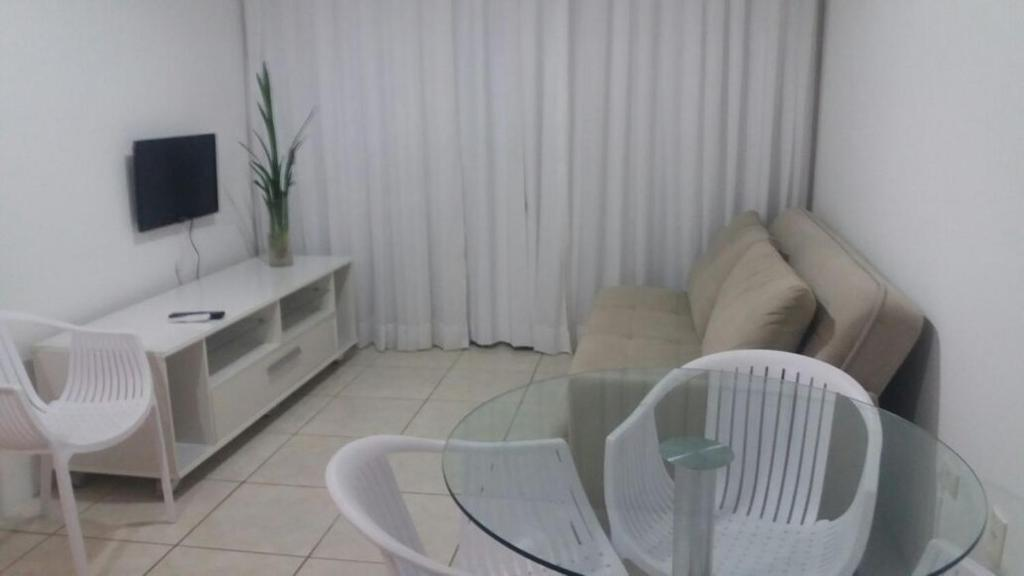 A seating area at Flats Jaqueira Prime