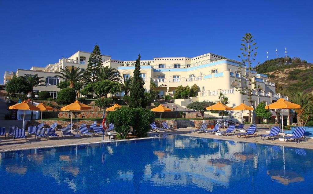 The swimming pool at or close to Eurohotel Arion Palace Hotel - Adults Only