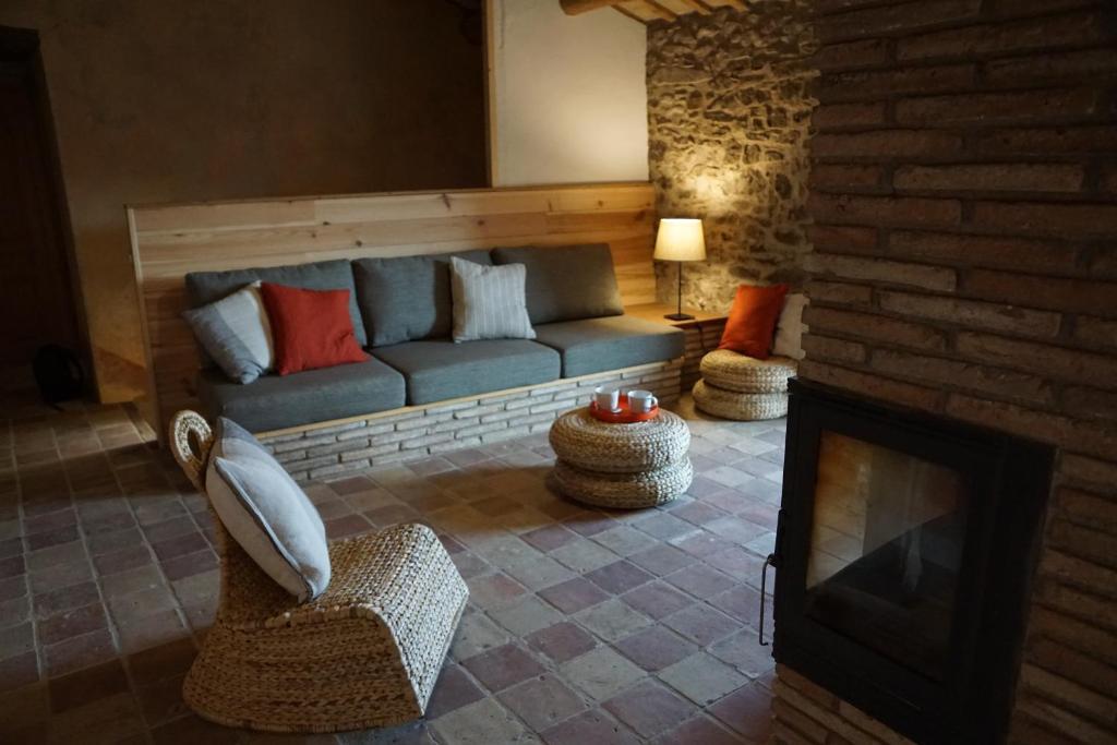 A seating area at Mas Roca Del Mill