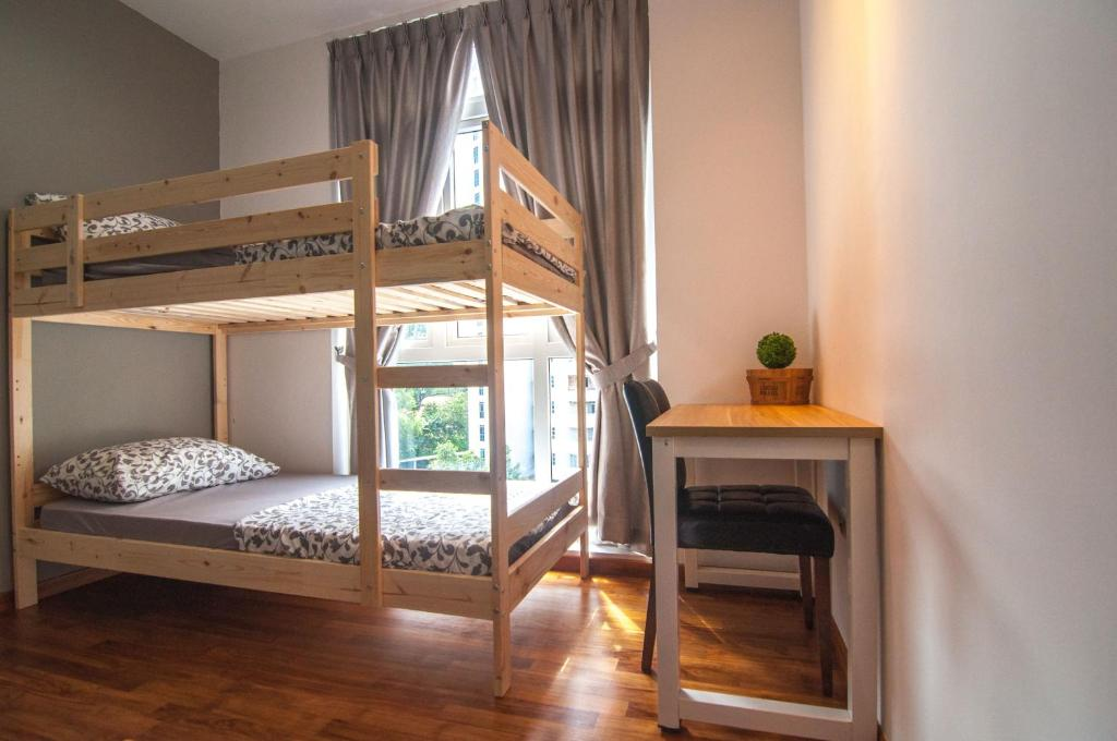 A bunk bed or bunk beds in a room at Ace Manor