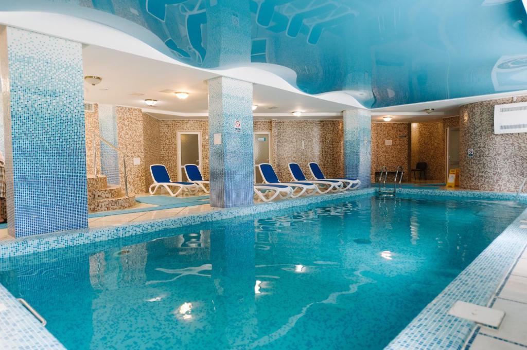 The swimming pool at or near Svityaz Resort