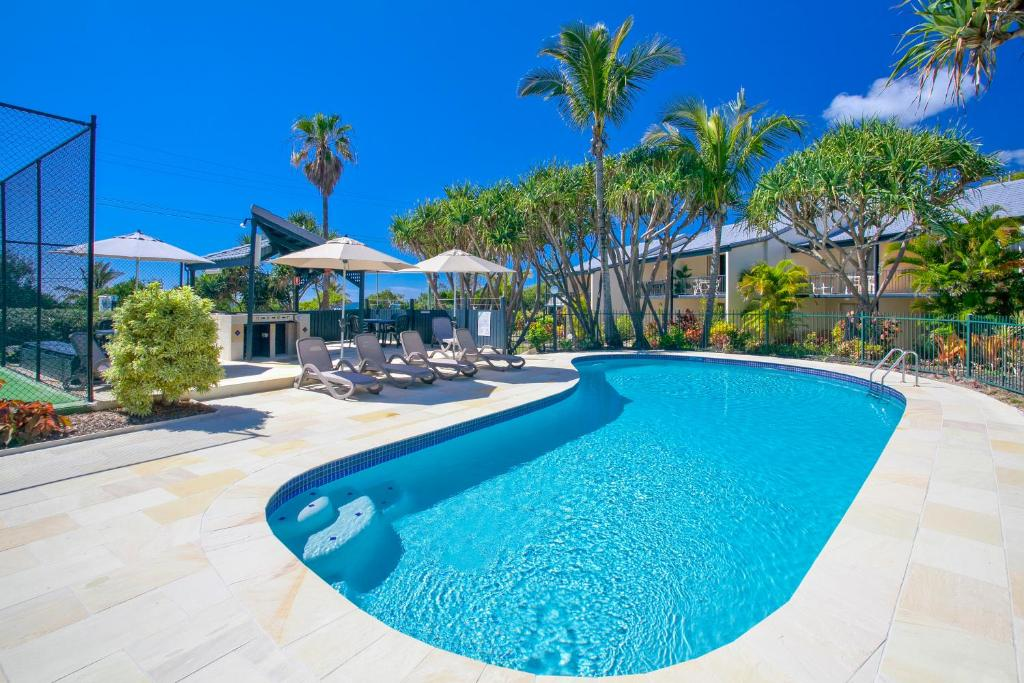 The swimming pool at or near Beach Breakers Resort