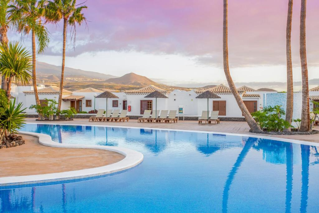 Royal Tenerife Country Club by Diamond Resorts - Laterooms