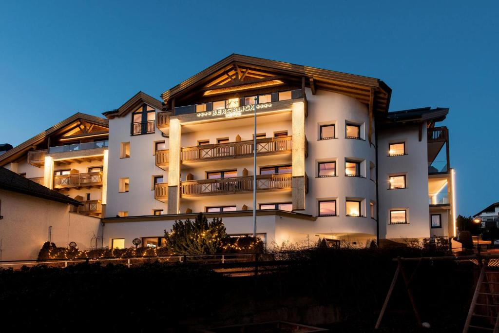 Hotel Bergblick Fiss, Austria