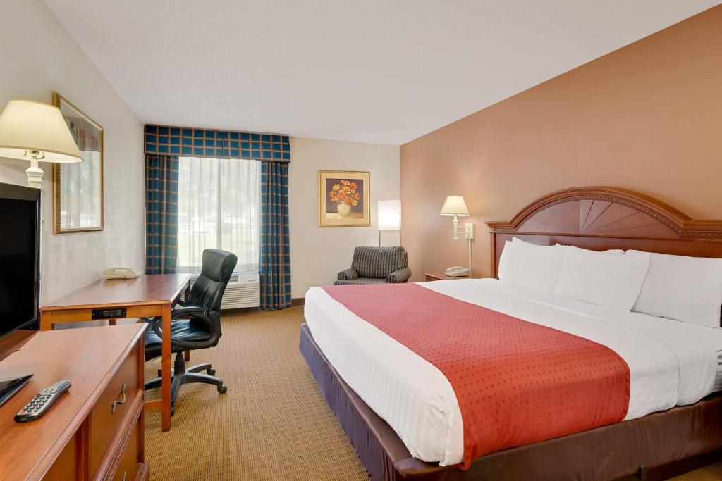 A room at the Ramada by Wyndham Provo.