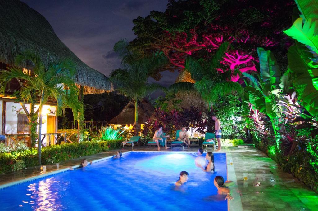 The swimming pool at or near Primaluna Beach Hostel