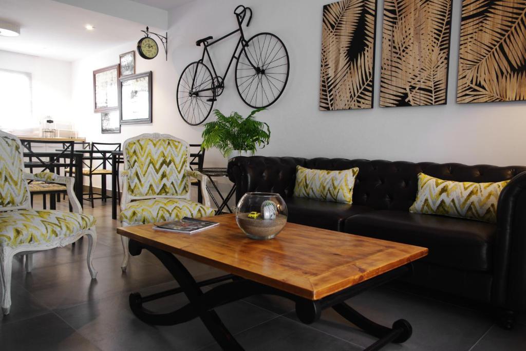 Area soggiorno di MAGMA Rooms Playa Honda