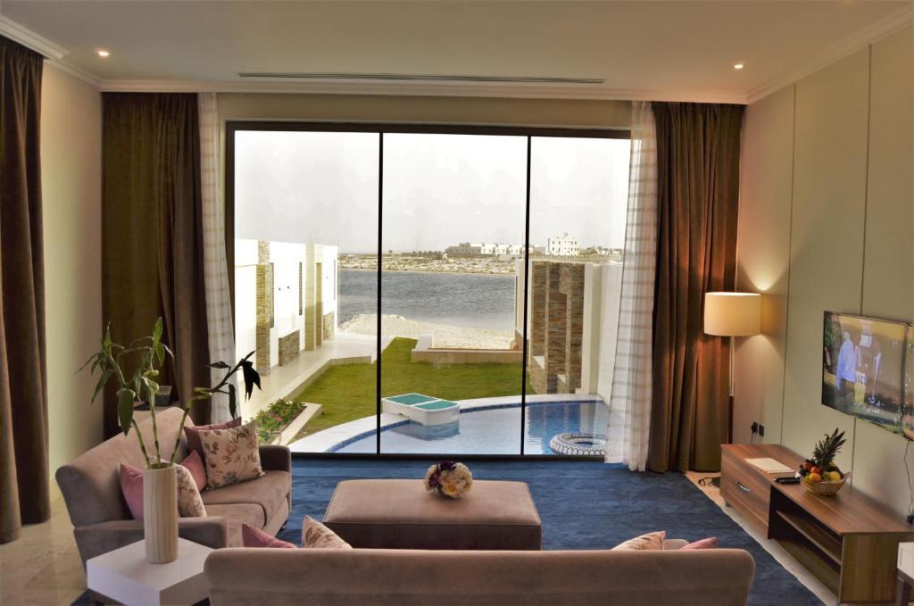 """منطقة جلوس في Tamara Beach Resort, Al Khobar Half Moon Bay-""""Families Only"""""""
