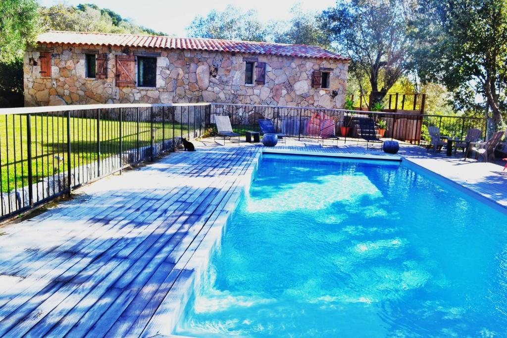 The swimming pool at or near Les Bergeries de Petralonga