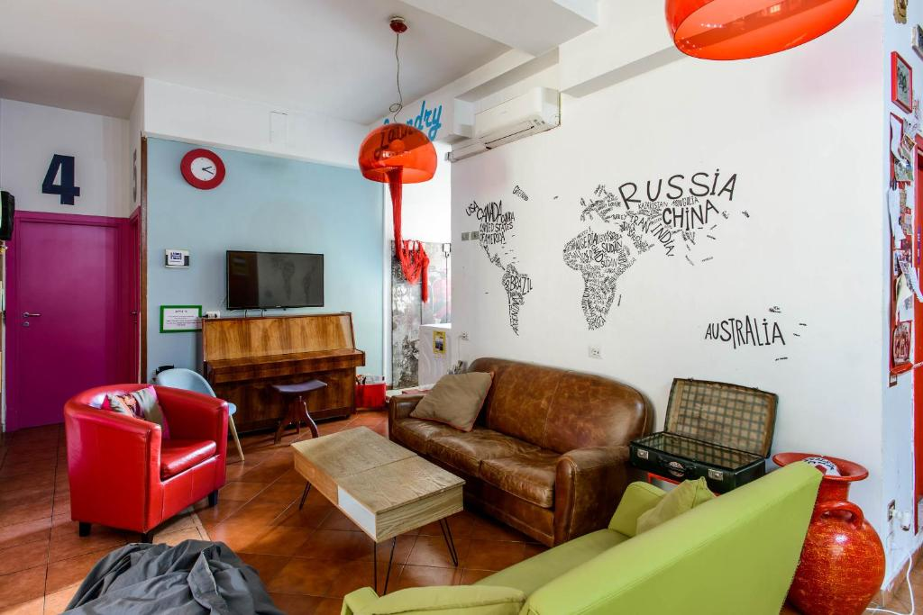A seating area at Hostel of the Sun