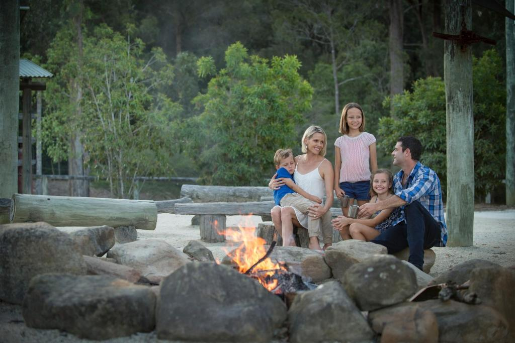 A family staying at Paradise Country Farmstay