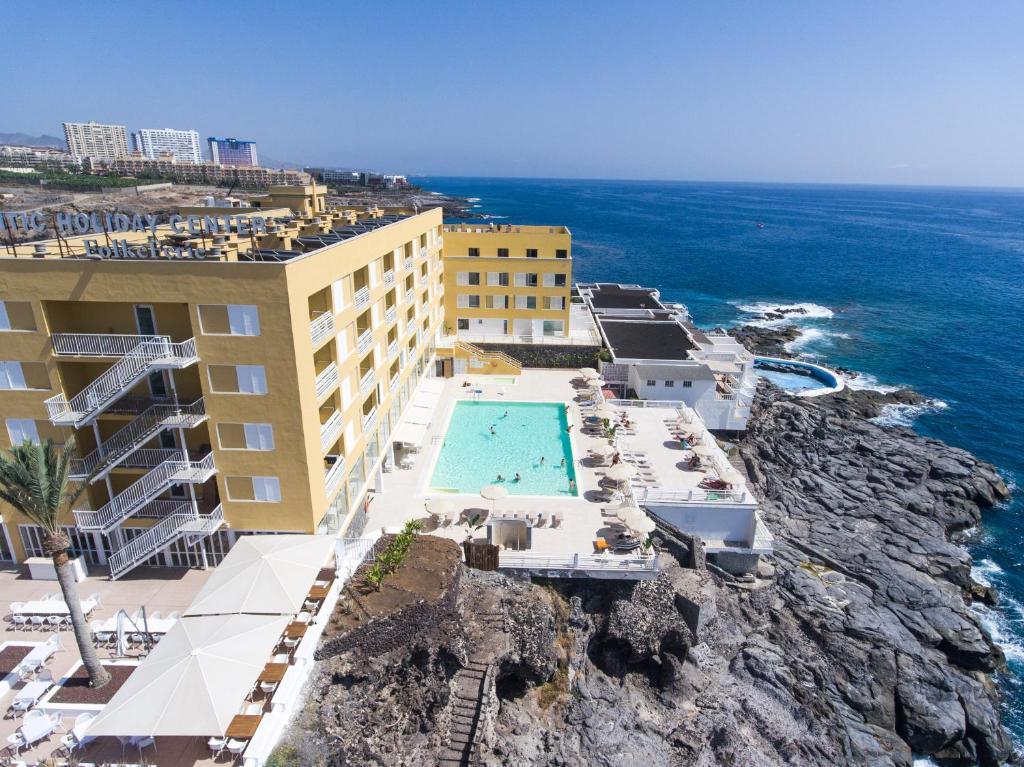 A bird's-eye view of Atlantic Holiday Hotel