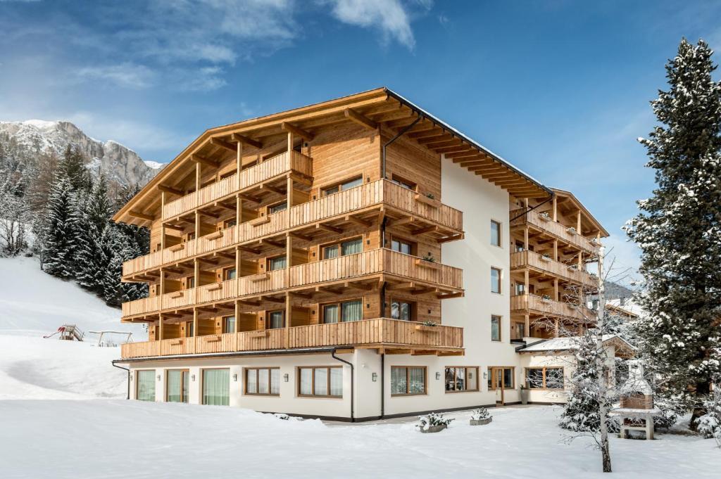 Hotel Miramonti during the winter