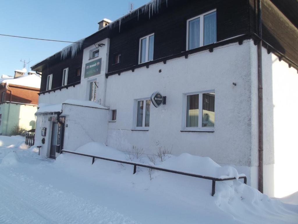 Hotel M&M зимой