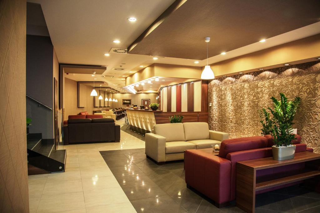The lobby or reception area at Vitta Hotel Superior Budapest