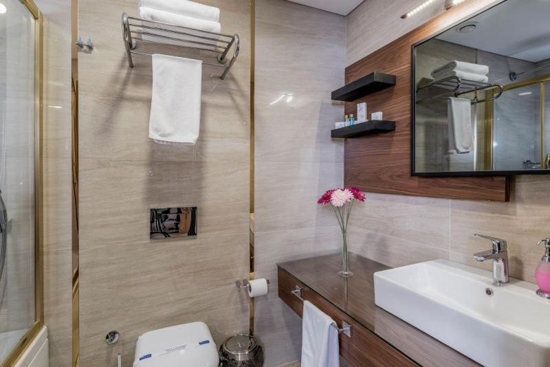 Ванная комната в Aydinoglu Hotel