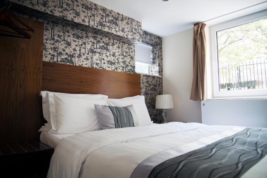 The London Carlton Hotel - Laterooms