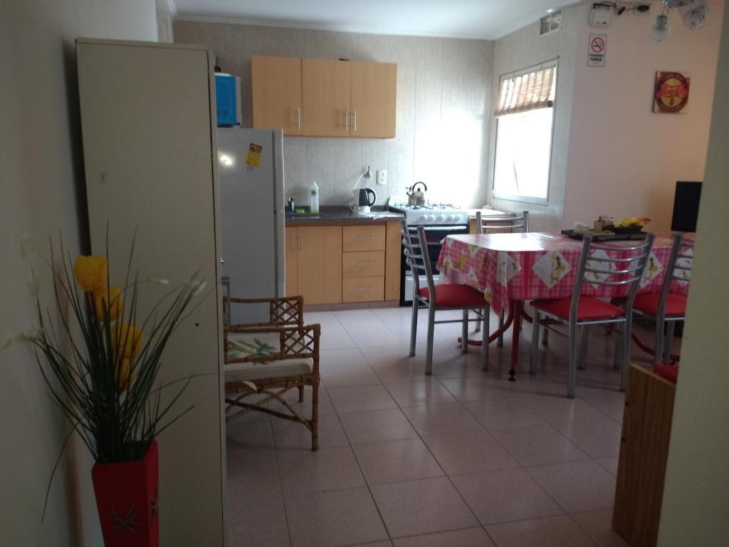 Una cocina o kitchenette en PlazaApart 1