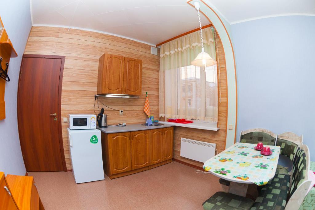 Кухня или мини-кухня в Гостиница Парковая