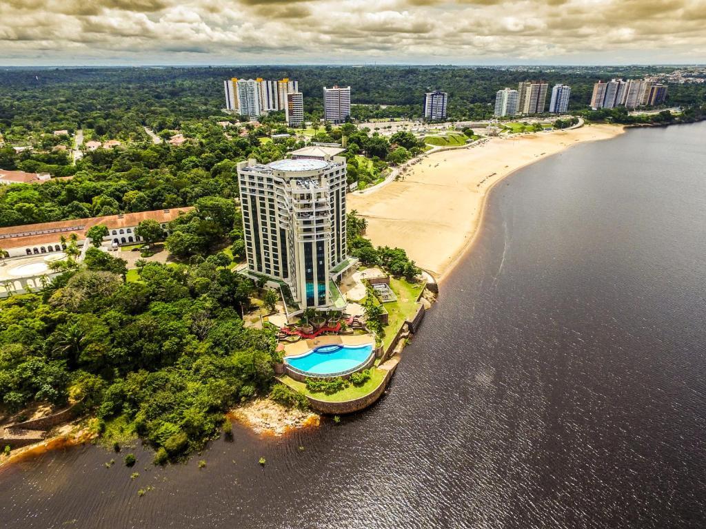 Tropical Executive Hotel a vista de pájaro