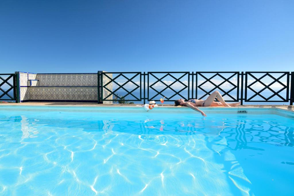 The swimming pool at or near Corral de Payo El Lagar