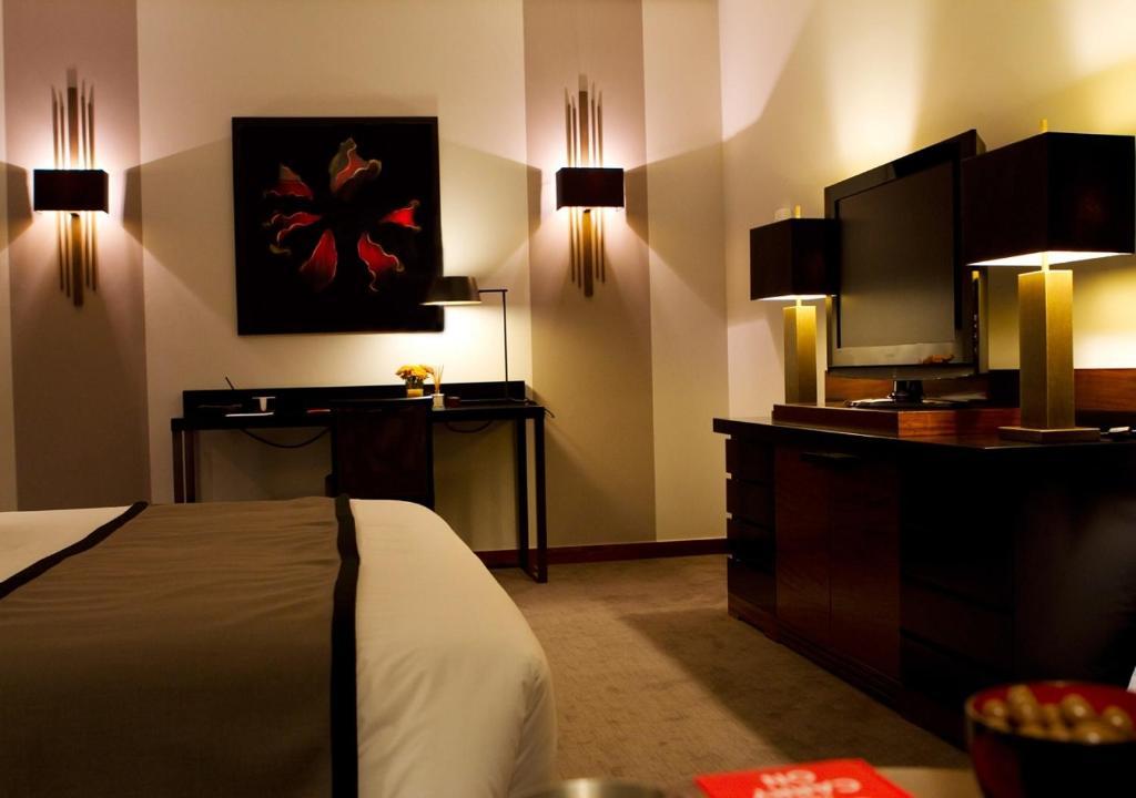 HOTEL DIGHTON - Laterooms
