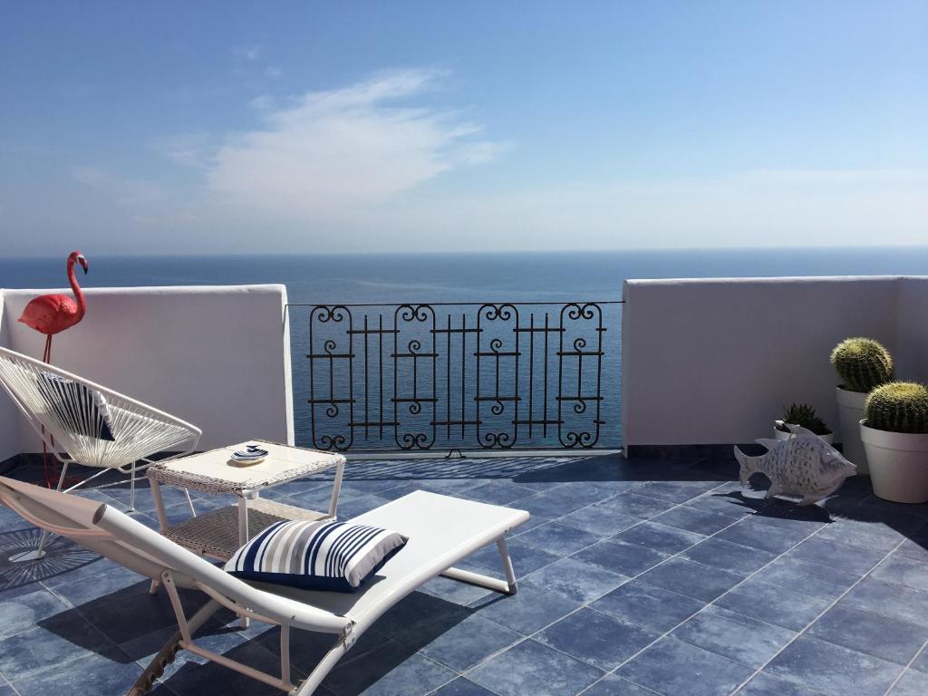 A balcony or terrace at Paradiso Di Manù