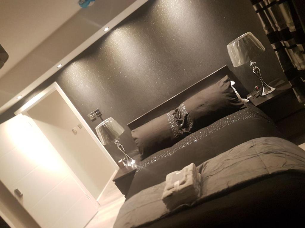 A bathroom at Aroma inn