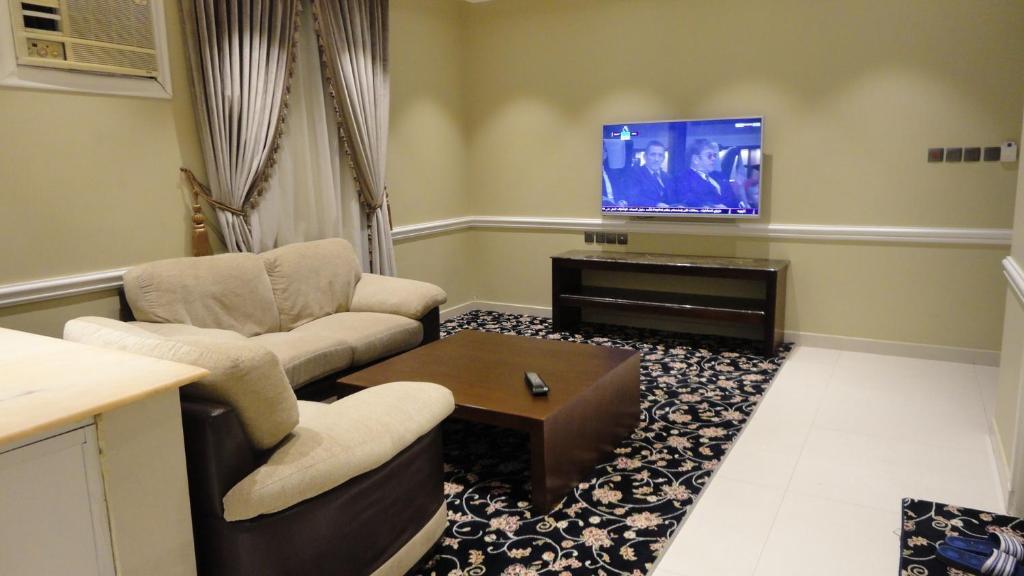 Uma TV ou centro de entretenimento em Dary Furnished Apartments 2 (For Families only)