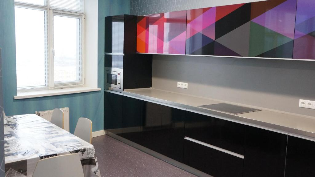 Кухня или мини-кухня в ''BlueSky'' apartment