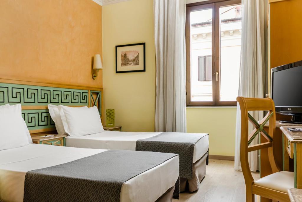 Hotel Eurostars Domus Aurea - Laterooms