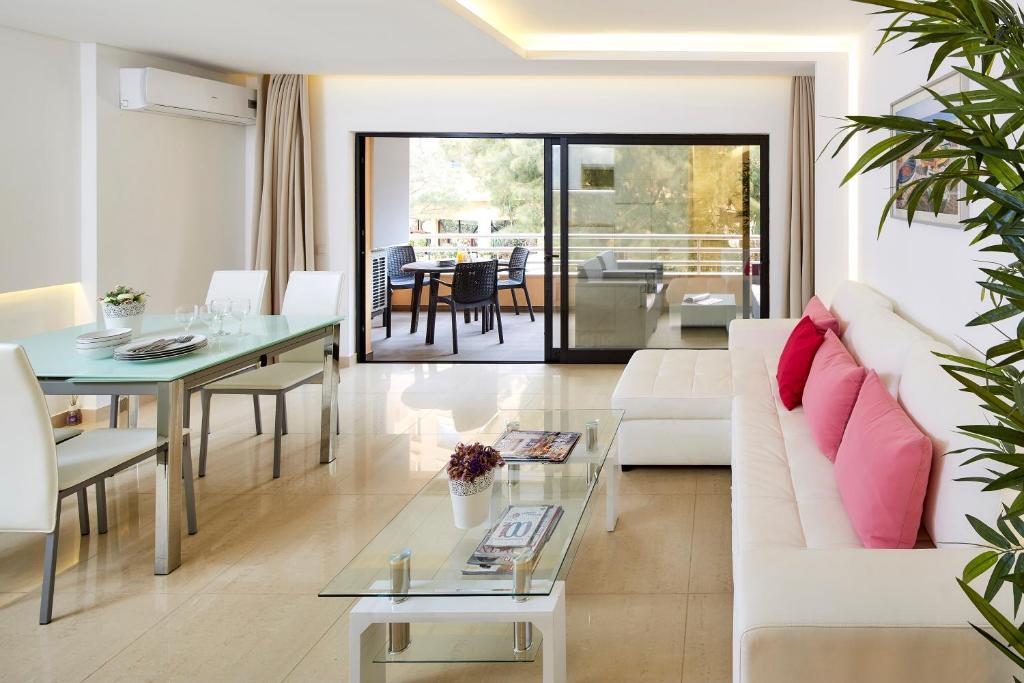 A seating area at Apartamento MarinaMar