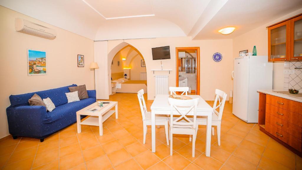 A seating area at Casa Vacanze Vittoria