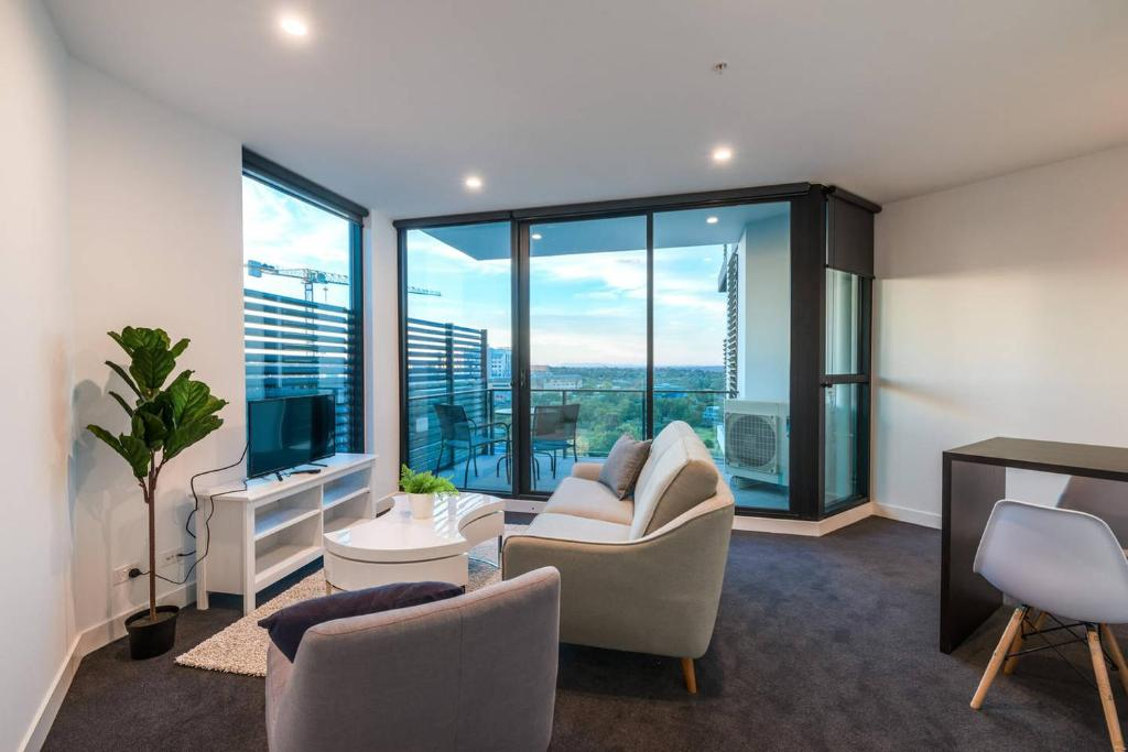 A seating area at Astrina Garden View 2 Bedroom