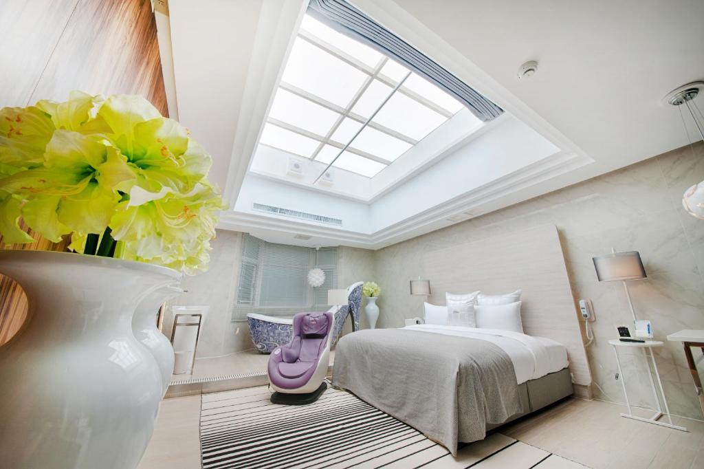 六星-桃園館房間的床