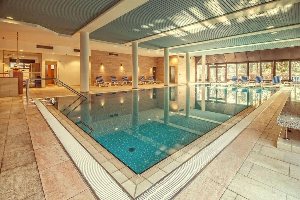The swimming pool at or close to Hotel Bredeney
